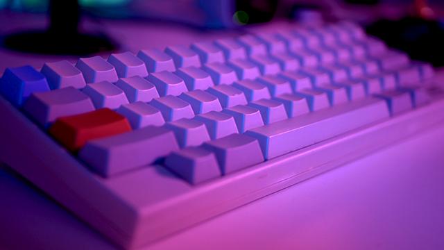 レトロなデザインのキーボード、HHKB type-s